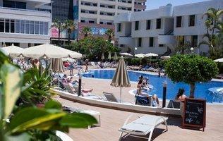 Piscina exterior Hotel Coral Suites & Spa