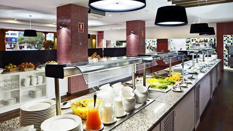 DESAYUNO BUFFET Hotel Coral Suites & Spa