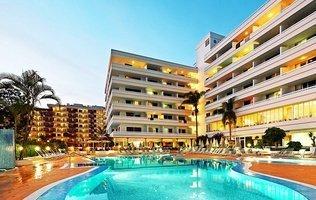 Piscina Hotel Coral Suites & Spa