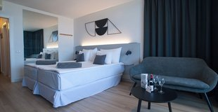 Junior suite vista piscina Hotel Coral Suites & Spa
