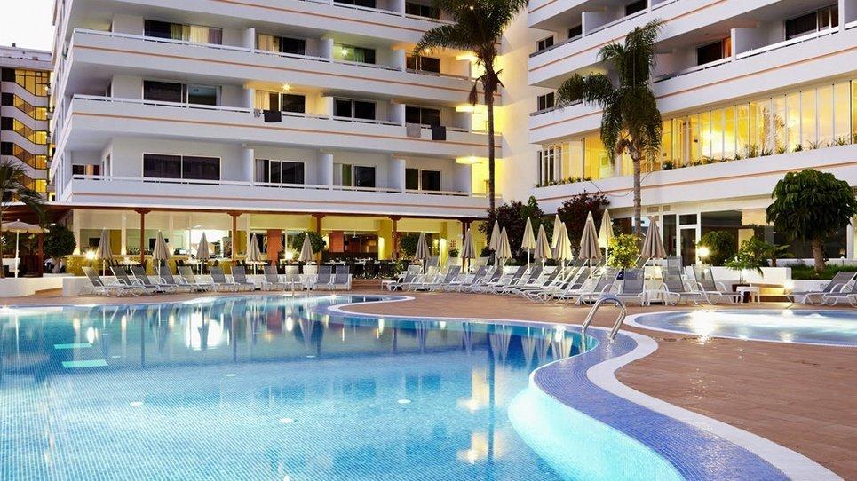 PISCINAS EXTERIOR Hotel Coral Suites & Spa